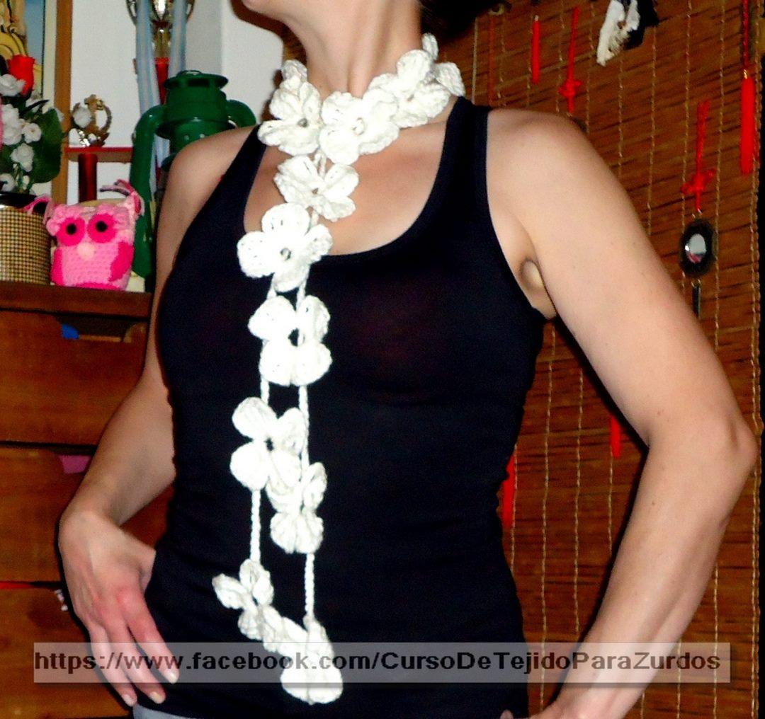 bufanda con flores tejida al crochet ganchillo para zurdos